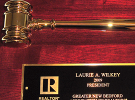 9 in. x 12 in. Metal gavel plaque, gold electroplate.